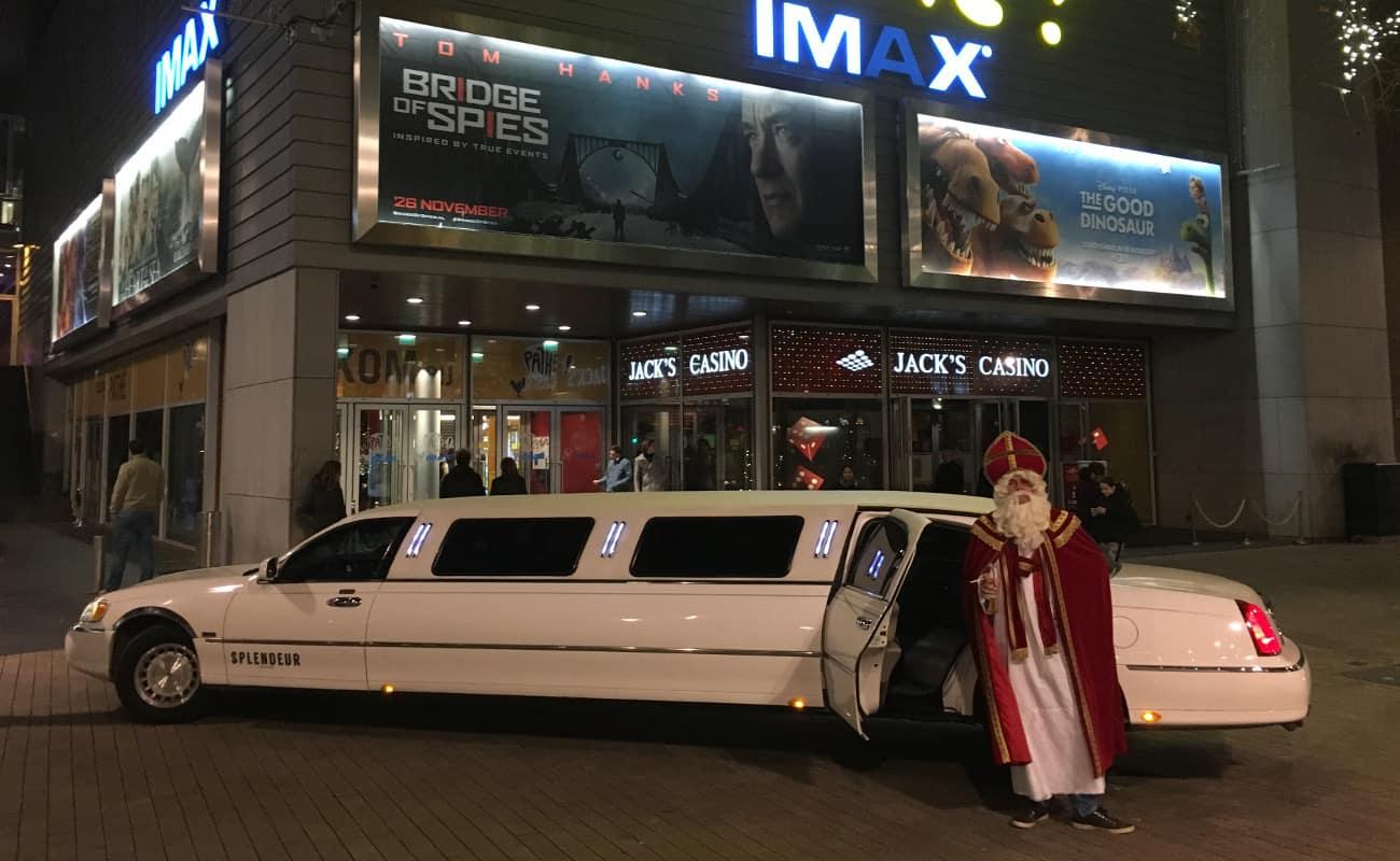 Feestdagen > Sinterklaas Limousine huren Sinterklaas