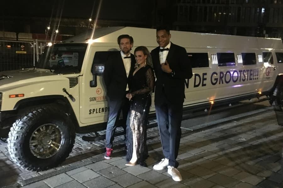 MEGA Hummer Limousine 16 persoons limousine huren