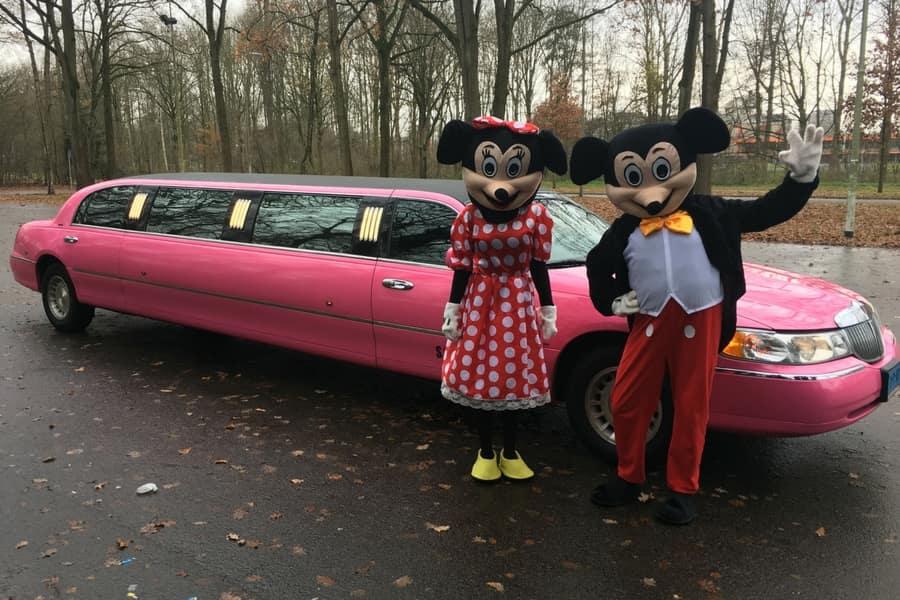 Lincoln Limousine Roze Roze limo huren