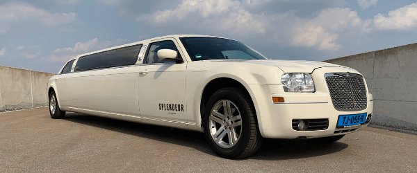 Chrysler limousine WIT Chrysler limousine wit